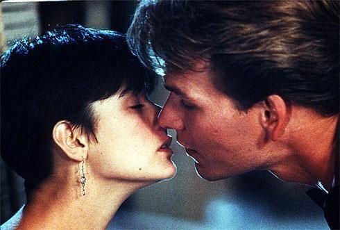 Les baisers célèbres au cinéma -  qui embrasse qui et dans quel film ?  P77sblzb